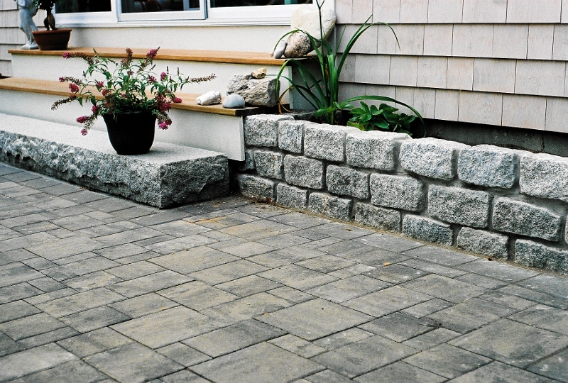 Superior Paver Patio With Cobblestone Planter
